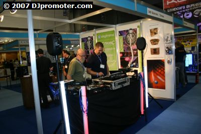 London Calling 2007 equipment demo