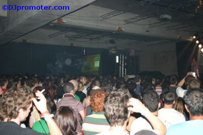 Sonar crowd indoors