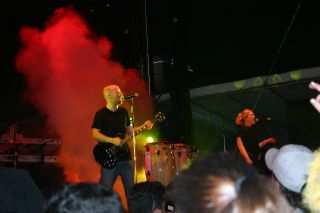 Moby on stage at Ultra 2005 image3